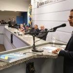 Durante prestação de contas, prefeito Marquinhos Trad prometeu mais obras para bairros da região do Anhanduizinho